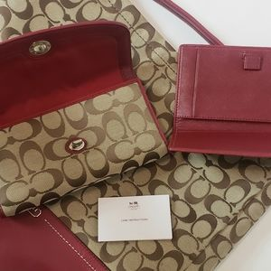NWOT COACH 3 Piece Signiture Coach Purse/Wallet